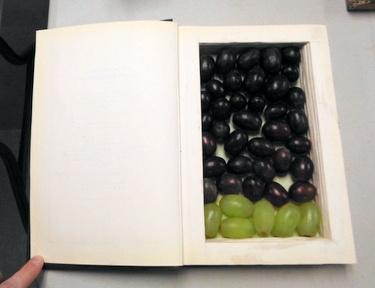 Edible book - Fifty Shades of Grapes