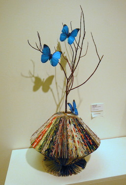 DSCF9372 001 <em>Beasts and Botanicals</em> exhibit at Rae Harrell Gallery