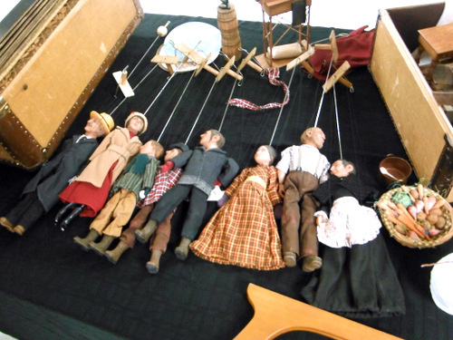 Handmade puppets by Sarah Frechette